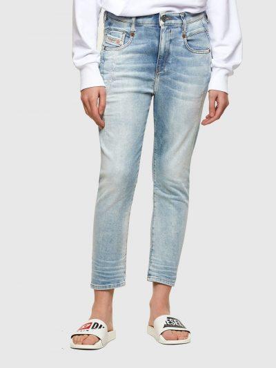 המכנס הוא שילוב ייחודי לדיזל וראשון מסוגו המשלב תפירה בצורת שתי וערב של שני סוגי בד- פוטר ודנים לנוחות מירבית. הוא בגזרת מותן רגילה בויפרנד (צללי