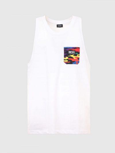 גופיה, בגזרה רגילה בצבע לבן עשויה כותנת ג'רזי משובח. על החזה מצד שמאל כיס צבאי צבעוני ופאץ' לוגו המותג.